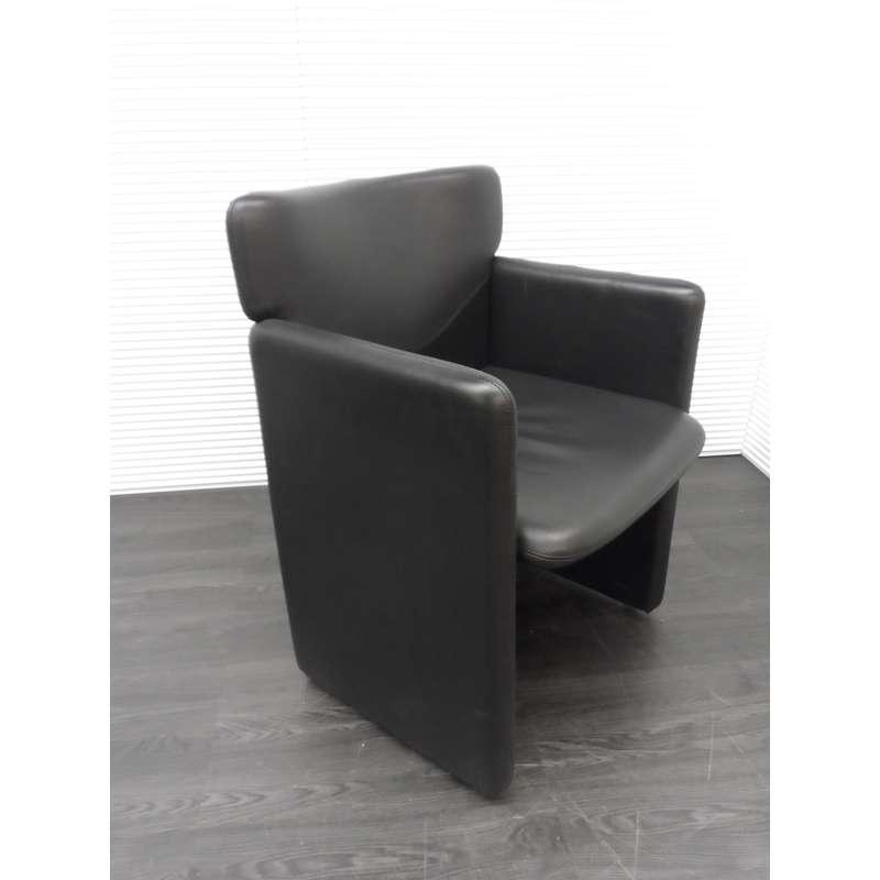 vergaderstoelen walter knoll vergaderstoel zwart leder verrijdbaar. Black Bedroom Furniture Sets. Home Design Ideas